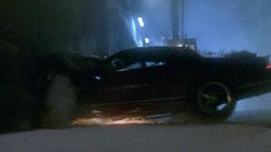 1x04 Claire car crash.jpg